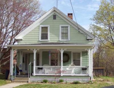 古老房屋的地基和结构,很多都会有不同大小的问题.