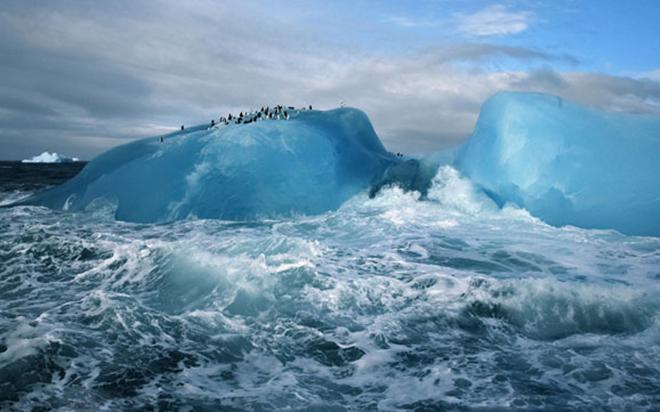 南极半岛是南极洲风景最美丽之处,有美丽的岛屿峡湾