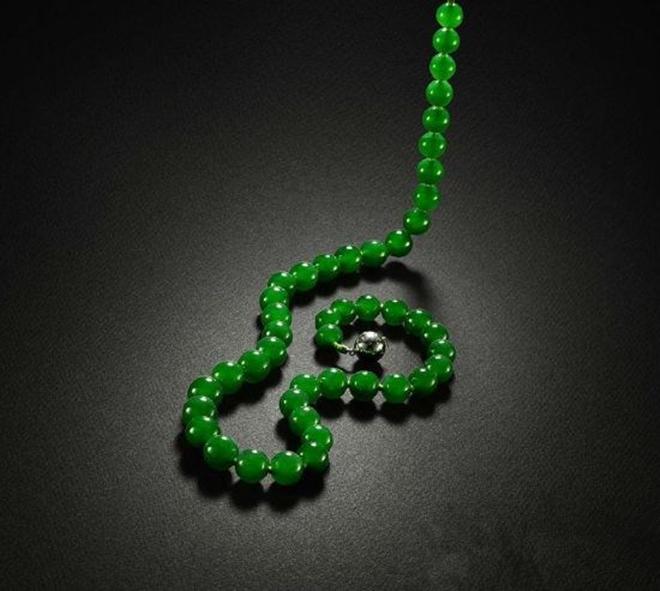 精品翡翠珠子项链