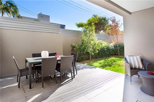 带100平方米庭院式花园图片