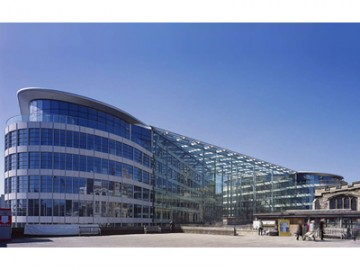 中国平安人寿30亿买下伦敦买楼办公大楼tower place