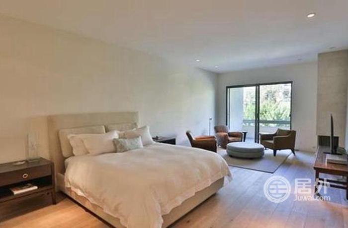 装修采用了minotti los angeles品牌家具,法国橡木和石灰石地板