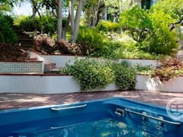 """我行我素!""""不露脸天后""""希雅4个月旋即出售加州地中海式豪宅(图集)"""