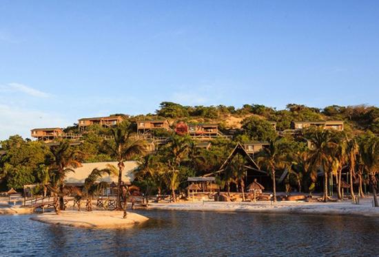 著名的莫桑比克岛上有着浓重的殖民时期风格建筑,徜徉其间