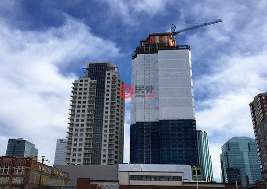 加拿大   市中心豪华共管公寓大楼