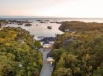 海外 | 挪威临水景观大宅:翻修一新品质卓越,风景如画自在安居