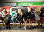 不穿裤搭地铁活动 寒流肆虐但热情不减-热点