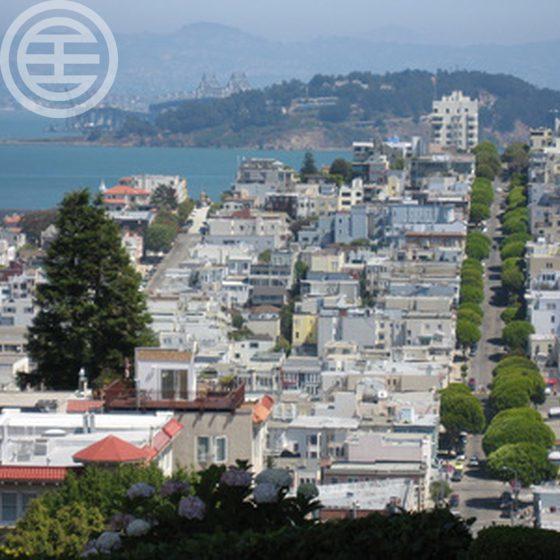 帕洛阿尔托(Palo Alto)的房屋售价中值为2,935,000美元,房价在全美排名第八
