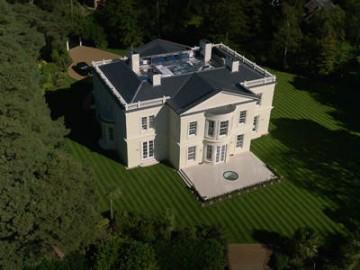 独享花园环境和奢华风范,安居在伦敦城郊最受欢迎的富人区 | 英国
