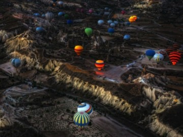 土耳其热气球事故 遭遇强风迫降中发生撞击-热点