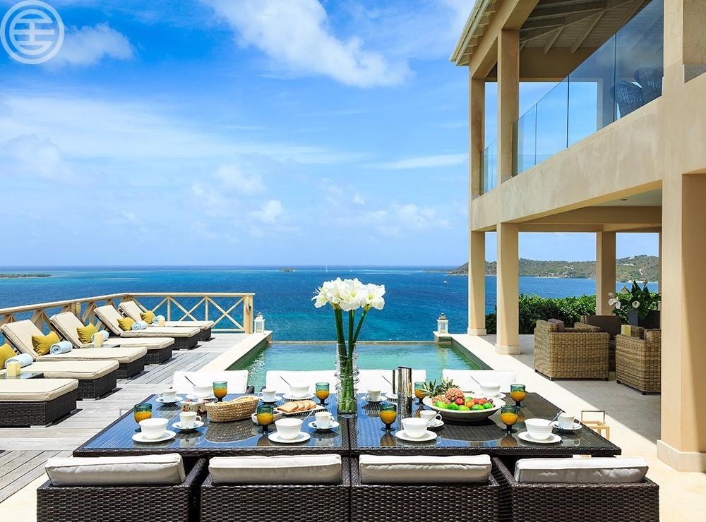 安提瓜岛有着所有海滨生活的浪漫,并可以赋予你现代人所能享受的所有舒适