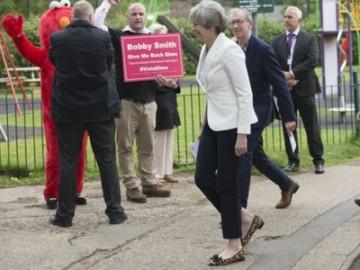英国大选投票 在恐怖袭击的阴影下开锣-热点