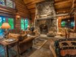 阿迪朗达克公园湖畔住宅:定制式豪宅工艺独特,享受天堂般的自然环境 | 美国
