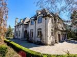住进名校林立的豪宅社区York Mills,法式大宅带来高端品位生活   加拿大