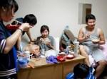 超30万中国留学生假装在生活 | 美国