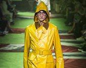 时尚来猛料 今年酷夏流行亮黄色