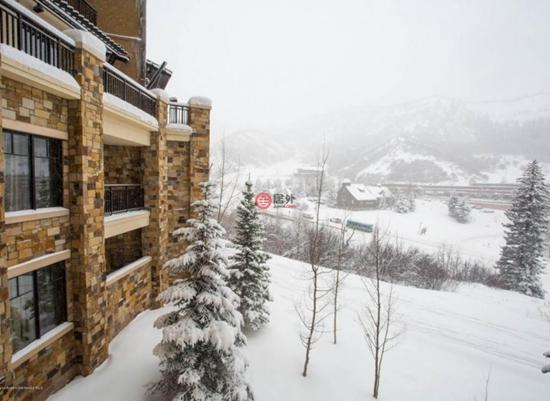 这栋位于Snowmass Village 130 Wood Road的1卧房产,建筑面积51平米,目前售价为44.9万美元,折合人民币294万元。