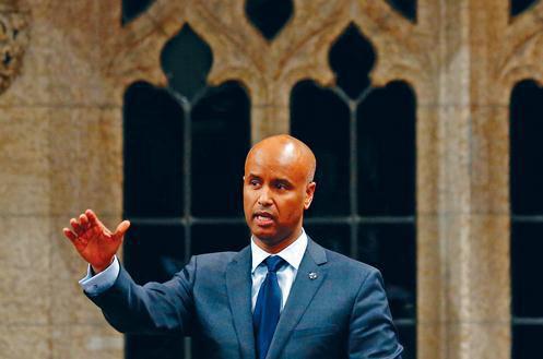 加拿大每年吸纳30万移民 政府官员:将成新常态 | 加拿大