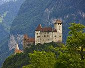 欧洲有个可出租国家!还能享受皇室待遇