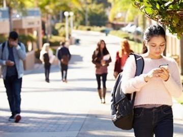 房租比学费贵 麦克琳列出加拿大大学生花费 | 加拿大