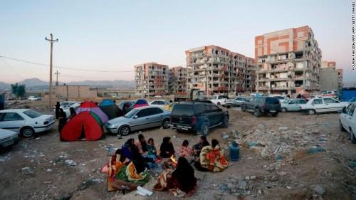 伊拉克7.8级地震 救援尚未全面展开