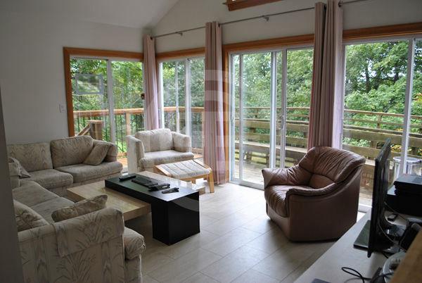 皮克灵优越地段的组合房产、享有美丽自然风光 | 加拿大