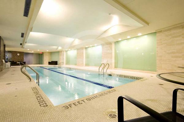 纽约上西城豪华公寓:尽享哈德逊河美景,体验顶级至尊服务 | 美国