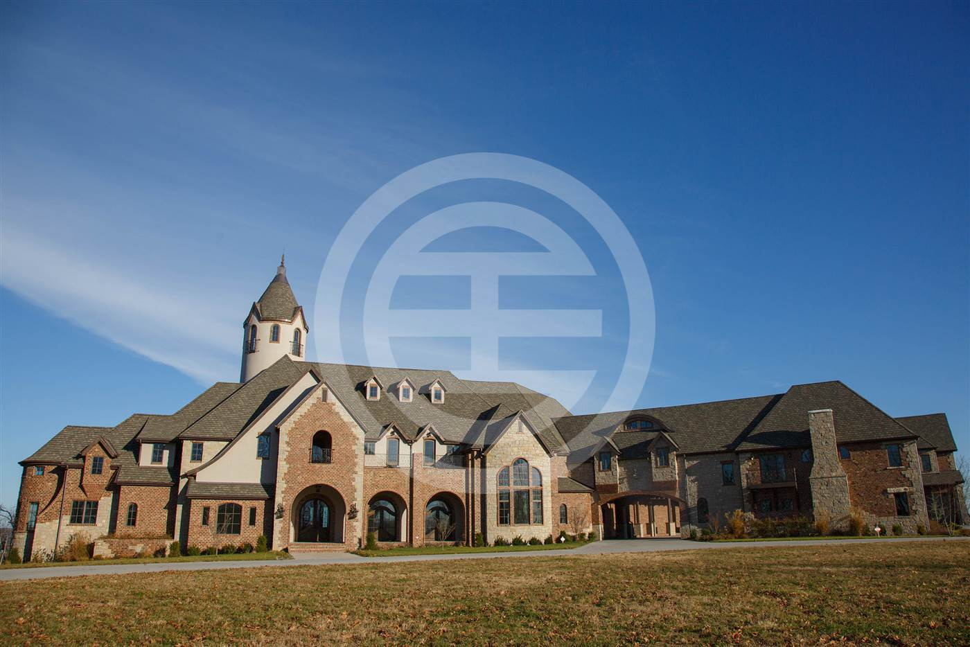 科尔·汉梅尔斯夫妇将他们在密苏里州的940万美元豪宅捐给一个慈善机构