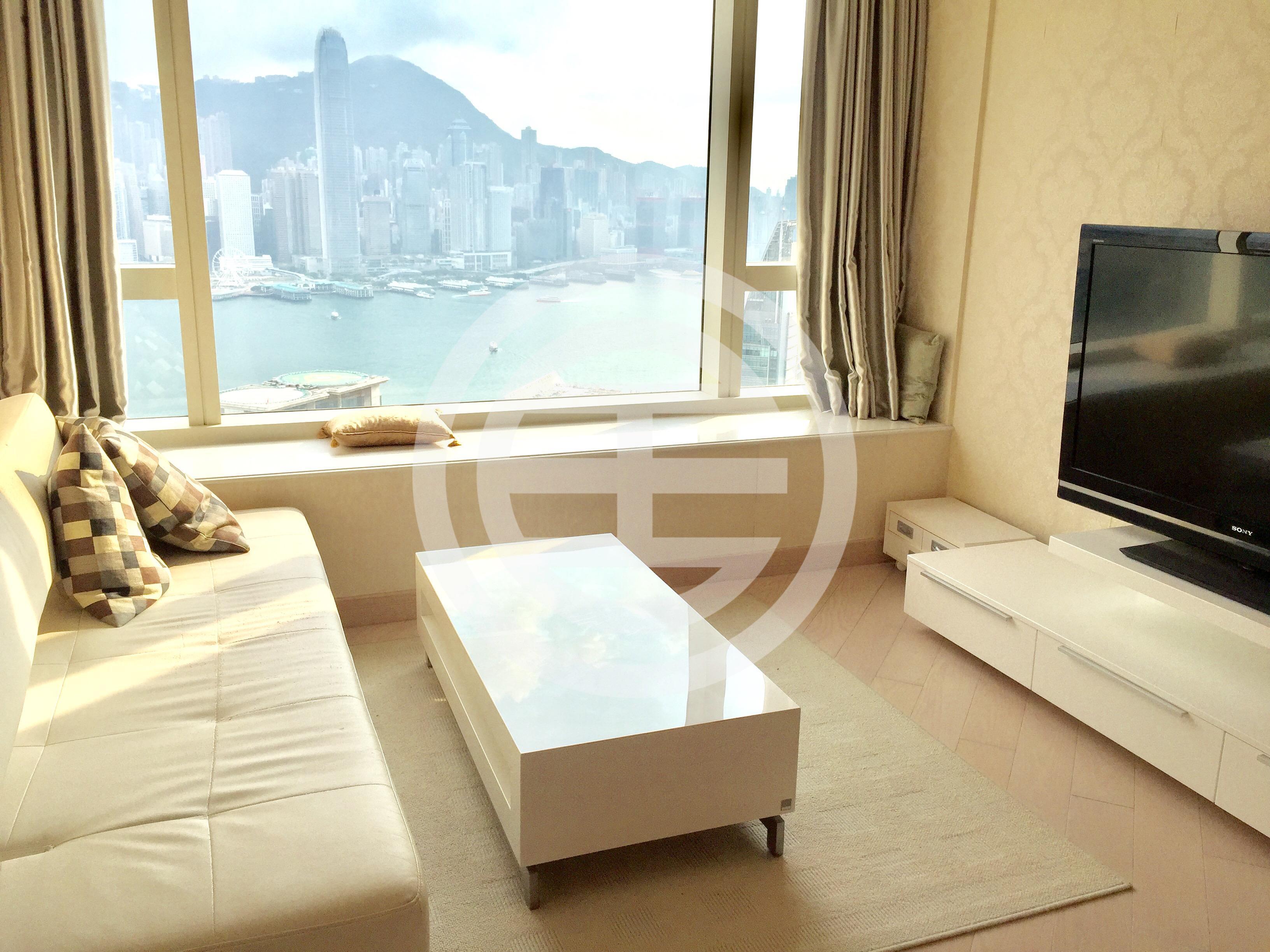同属九龙区的尖沙咀河内道18号高层公寓,实用面积604平方呎,设有一卧一浴,拥有开扬维港景观,家俱配套齐全