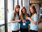苏格兰高校对提前退学学生不问原因征收罚款惹争议 | 英国