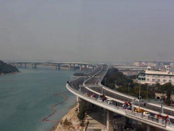 参与大湾区建设 港经济新引擎 | 中国香港
