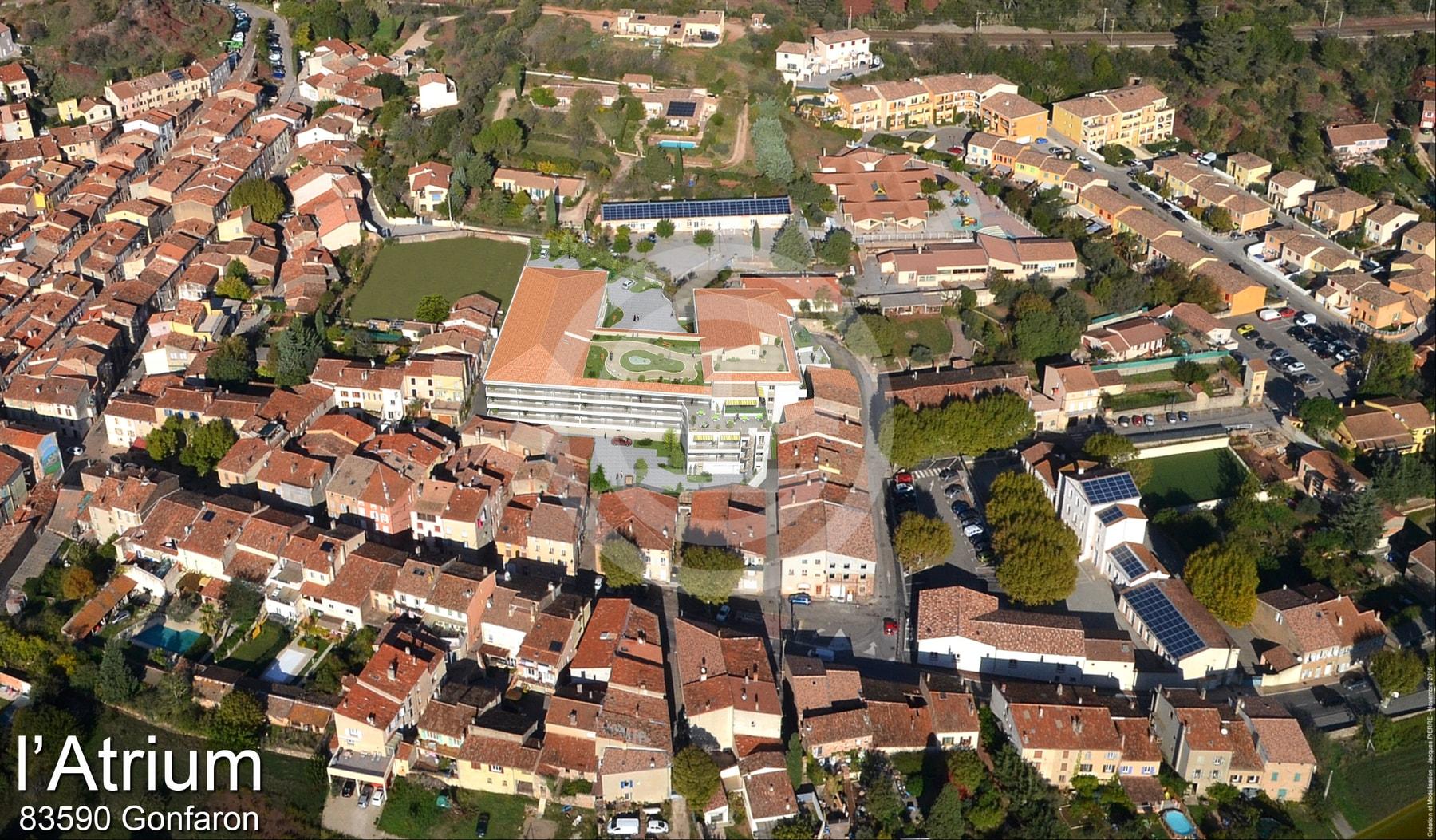 L'Atrium酒店位置:Gonfaron村中心,距离大海和圣特罗佩(Saint Tropez)湾30公里