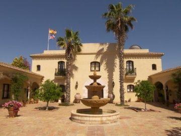 阳光海岸、中世纪古堡、黄金签证——西班牙一座豪宅虚位以待,等的就是你!