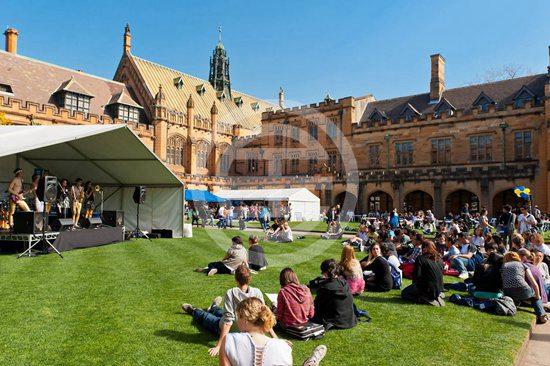 赴澳中国留学生人数创历史新高 在国际生中占比最高 | 澳洲