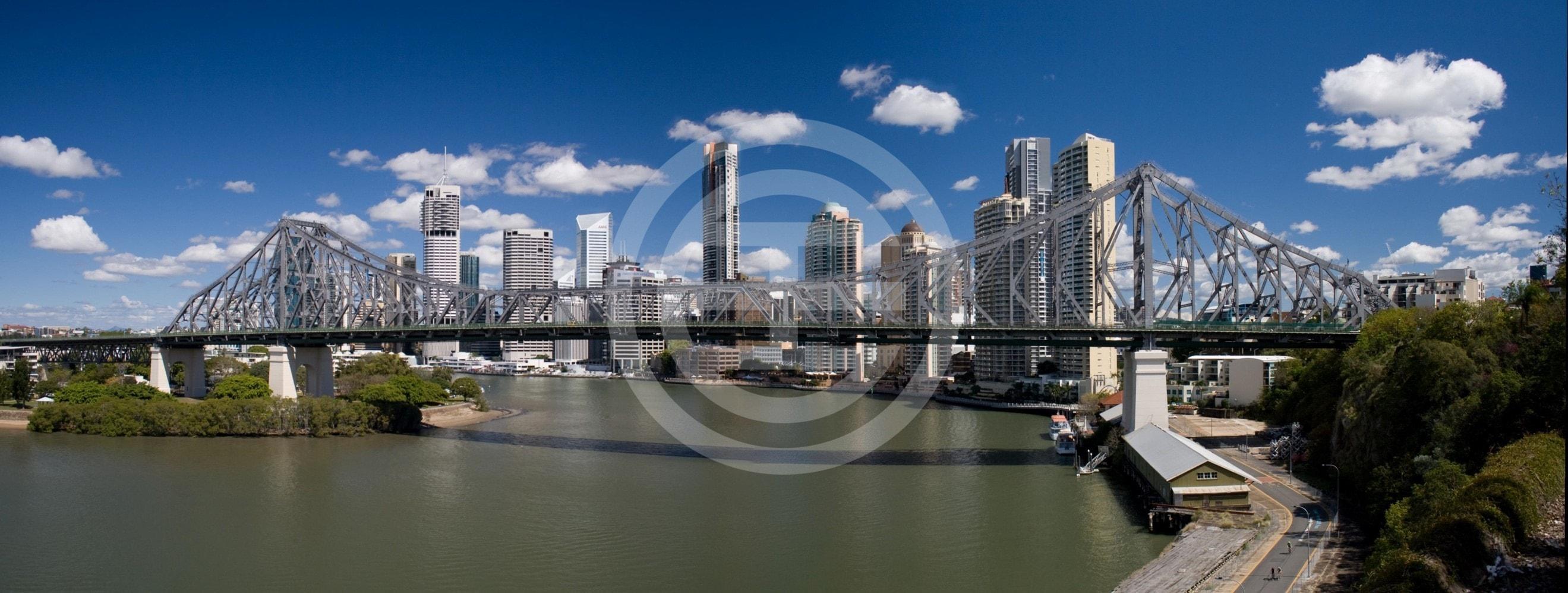 凯恩斯是一个充满活力的热带城市, 优越的地理位置使其成为了世界级的旅游和商业枢纽