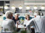 高端退休养老房产成为英国的黄金U乐国际娱乐机会 | 居外专栏