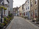 英国房价增速预计放缓至2023年