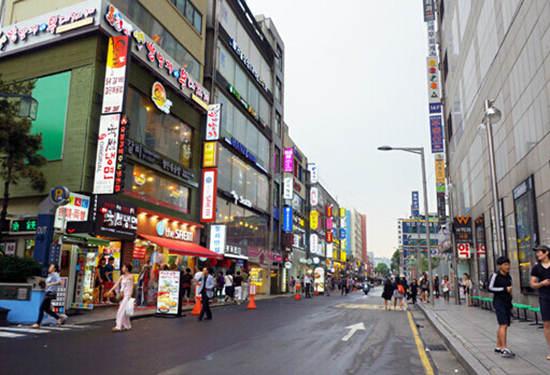 韩国拟推新政  外国客退税购物额上限设定为20万韩元
