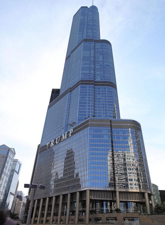 一掷千万金 川普大厦顶层被出售