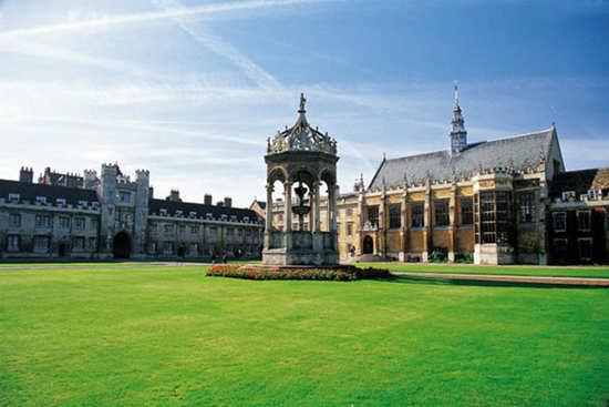 英国留学  奖学金最丰厚的十所院校