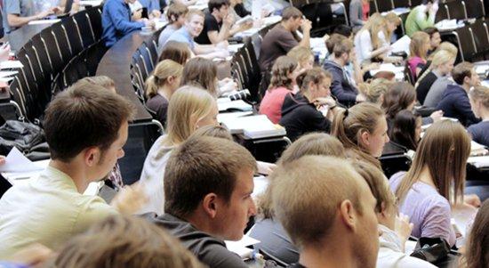 学费太贵啦!英国成人与非全日制学生锐减