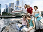想去新加坡留学   大专生有什么途径呢