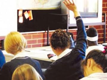"""澳洲   新州华人提交反对""""安全学校"""" 请愿书"""