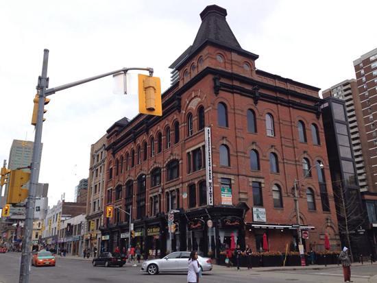 加拿大 | 大多区独立屋开售每小时涨价1万!排队已经没用了