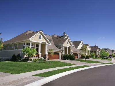 目前美国房屋存量可能不足以满足旺盛的消费需求,这或将成为拖累美国房市充分复苏的隐患