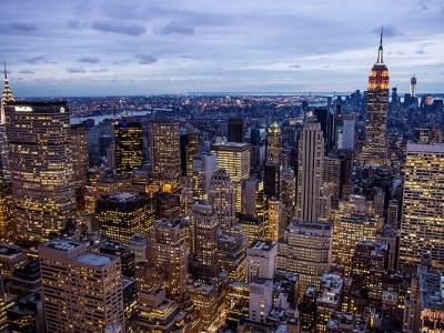 道格拉斯-艾利曼的2月份租房报告指出,曼哈顿的各种户型的房租都呈下降状态
