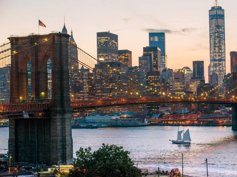 过去几年的一个新趋势是,外国买家正向布鲁克林这样的边缘社区扩展