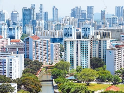 不少中国建商海外布局,都盯上新加坡,展开插旗动作。图为新加坡市区外的一些政府组屋及私人住宅