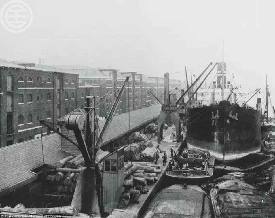 金丝雀码头曾是世界上最繁忙的港口之一