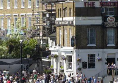 在英国人眼里,房产贬值最大的因素是什麽? | 英国